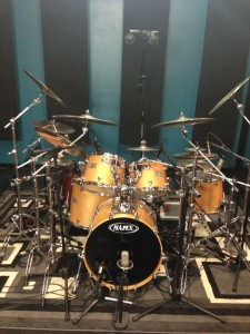 Glen's big kit on FullOnDrums.com
