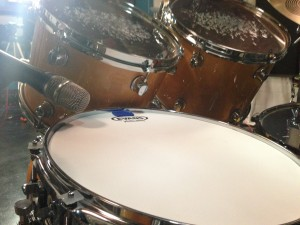 Heil Sound PR22 on the snare