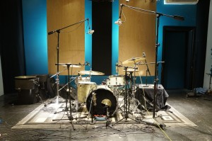 Jesper Kristensen's 1962 Slingerland kit while shooting a Session Report for FullOndrums.com at Ultimate Studios, Inc.